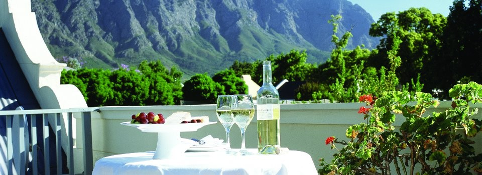 Delightful lunches in the Cape Winelands
